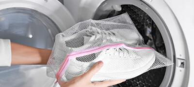 Правила и особенности стирки обуви в стиральной машине