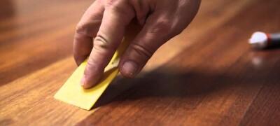 Как восстановить ламинат от потертостей, царапин или сколов