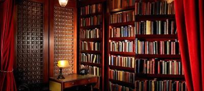 Как самостоятельно сделать книжный шкаф