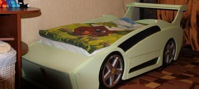 Детская кровать-машинка своими руками