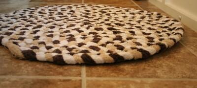 Изготовление коврика из полотенец
