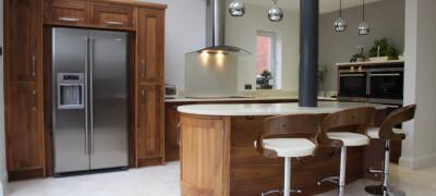 Использование оттенков ореха в мебели