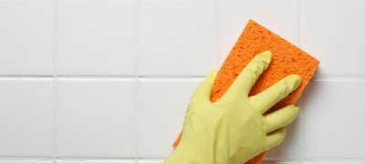 Правила и особенности очистки и мытья кафельной плитки в ванной