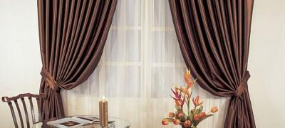 Применение и фото-примеры коричневых штор в интерьере