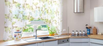 Виды и выбор штор для кухни с фото