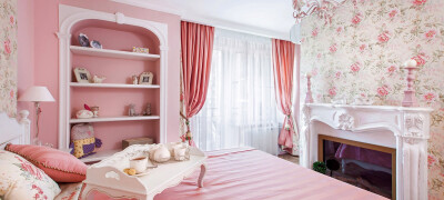Использование розовых штор в интерьере