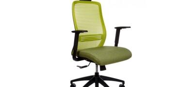 Особенности выбора компьютерного кресла для дома