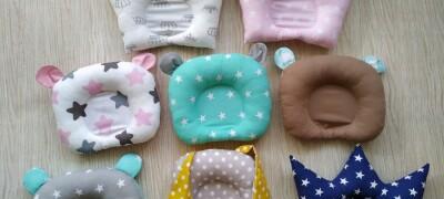 Выбор и применение детской ортопедической подушки для новорожденных