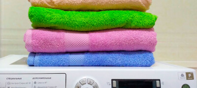 Отстирываем кухонные полотенца разными способами в домашних условиях