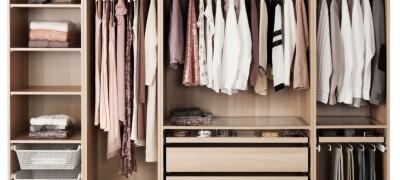 Как правильно складывать вещи в шкафу
