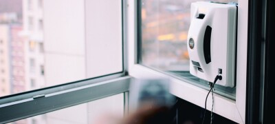 Описание и выбор робота для мойки окон