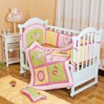 бортики в кроватку для новорожденных декор фото