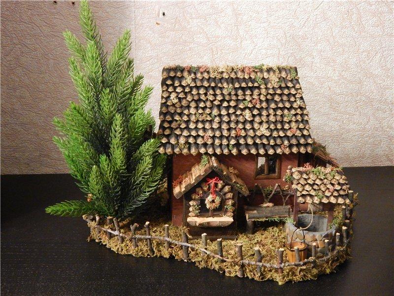 домик из шишек