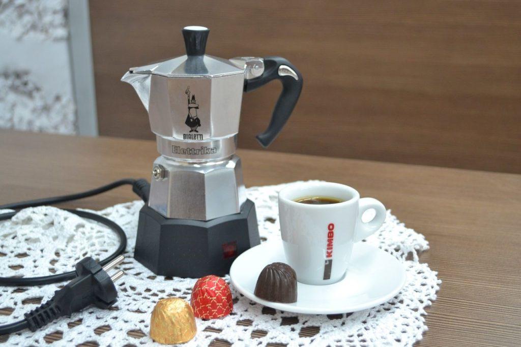 кофеварка гейзерная для дома