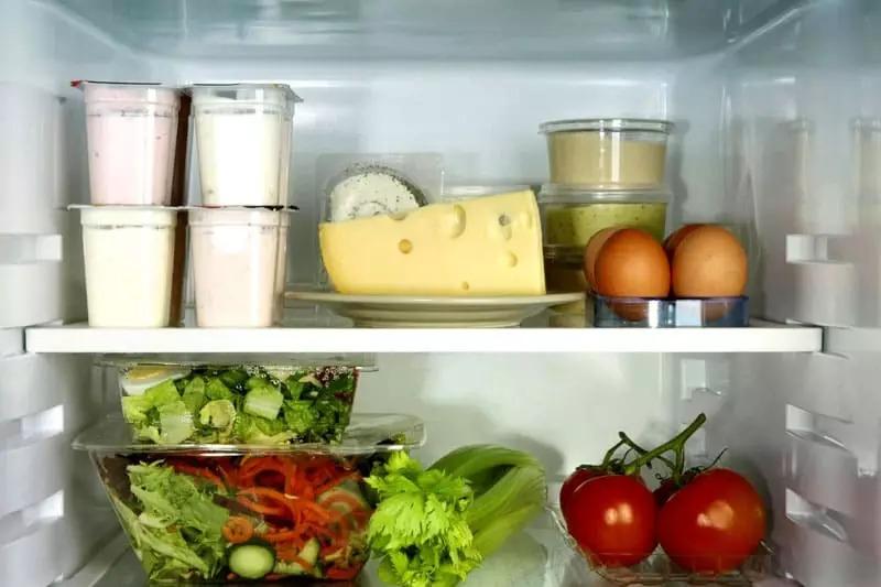 какая температура должна быть в холодильнике
