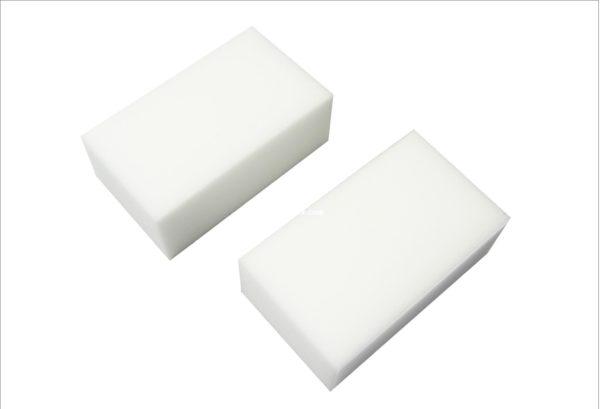 Сравнительно недавно арсенал домашних хозяек пополнил новый продукт - меламиновая губка.