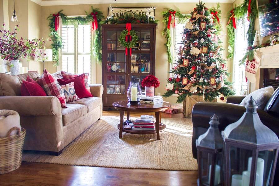 новогодний декор гостиной фото