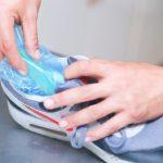 пакет с водой в кроссовке