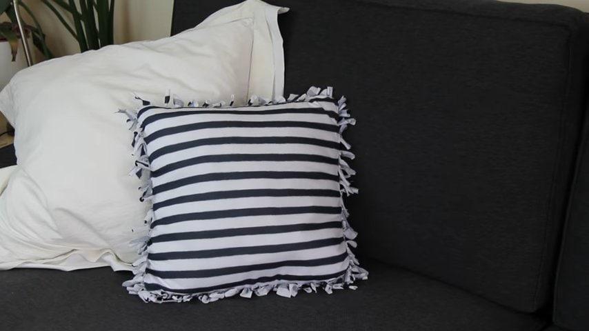 подушка из футболки