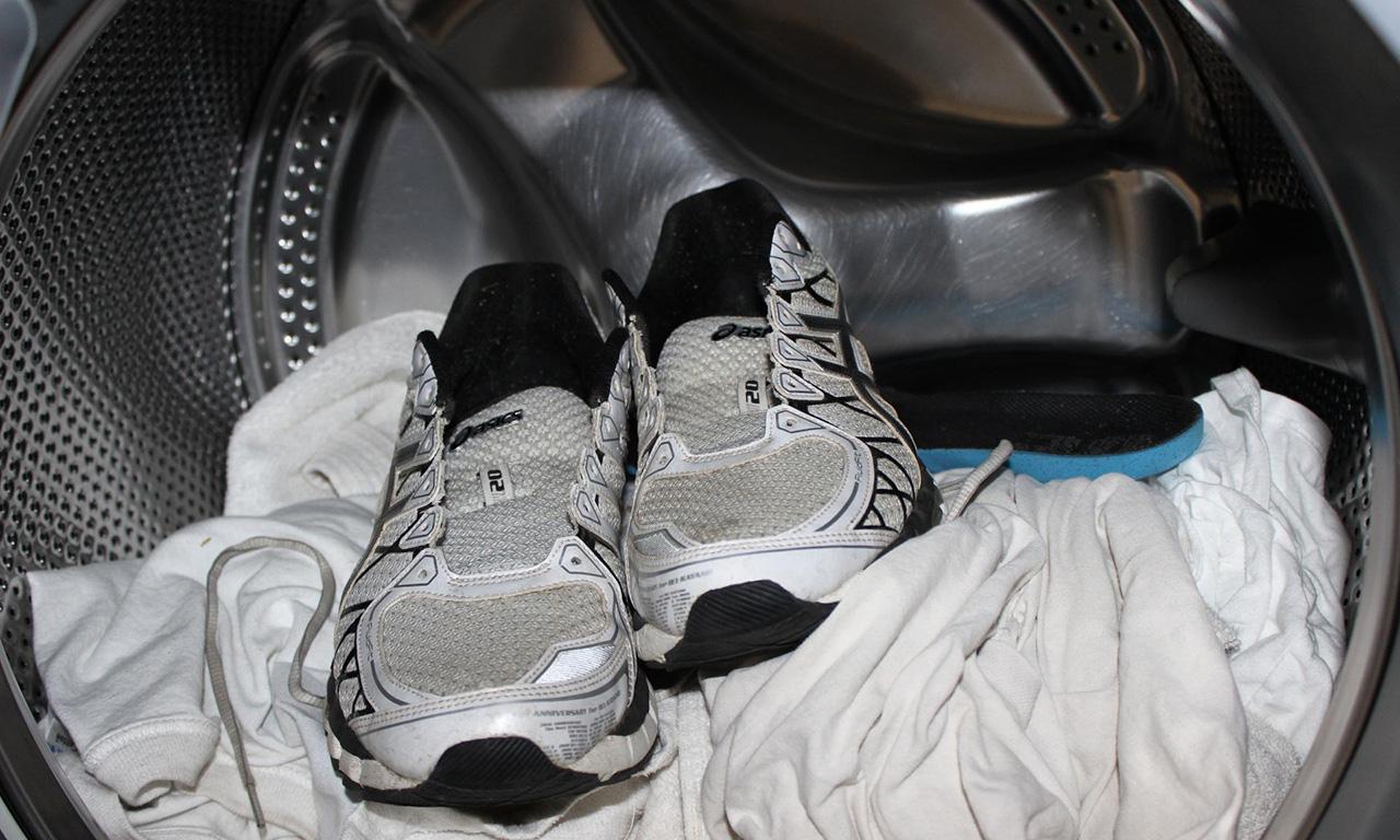 стирка кроссовок в машинке