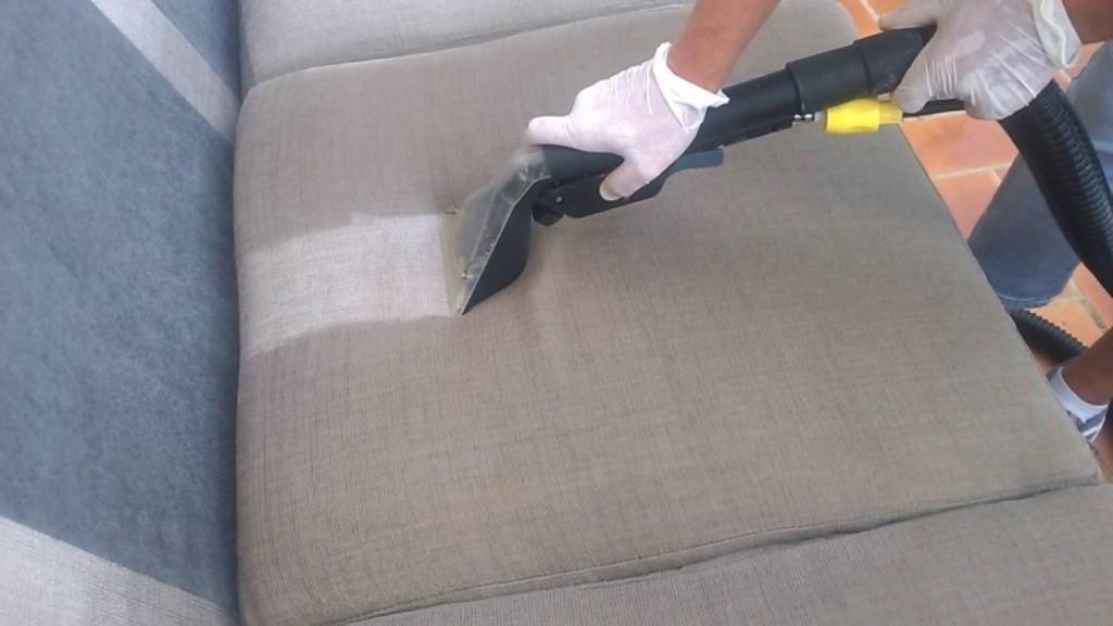 чистка дивана в домашних условиях фото