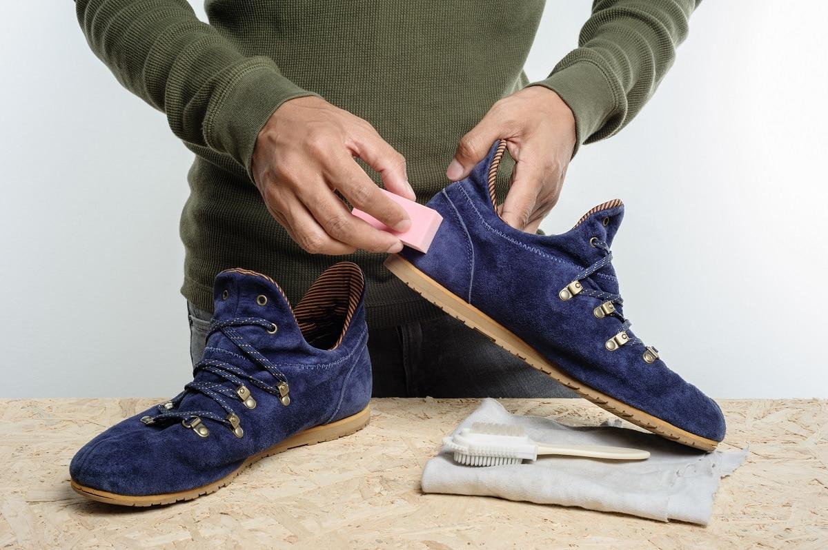 чистка замшевых кроссовок