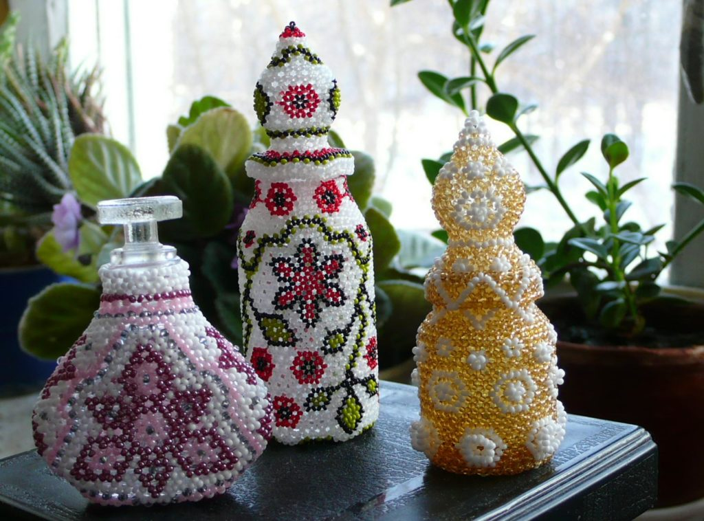 декор бутылок бисером фото