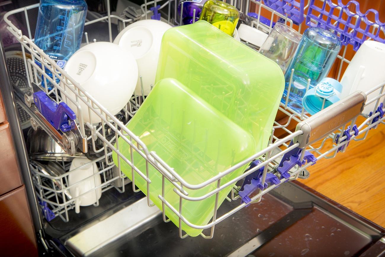 пластиковые контейнеры как мыть
