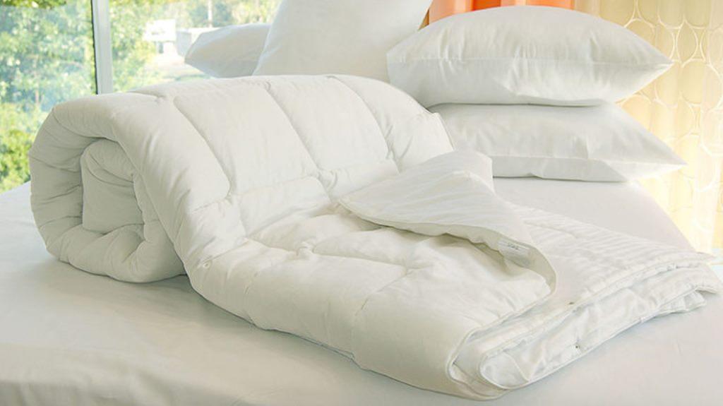 одеяло из верблюжьей и овечьей шерсти
