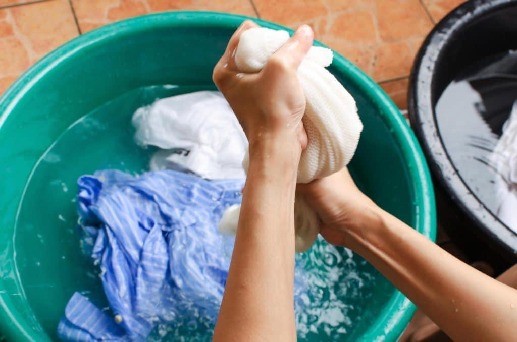 отстирать сажу с одежды