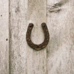 подкова на дверь фото идеи