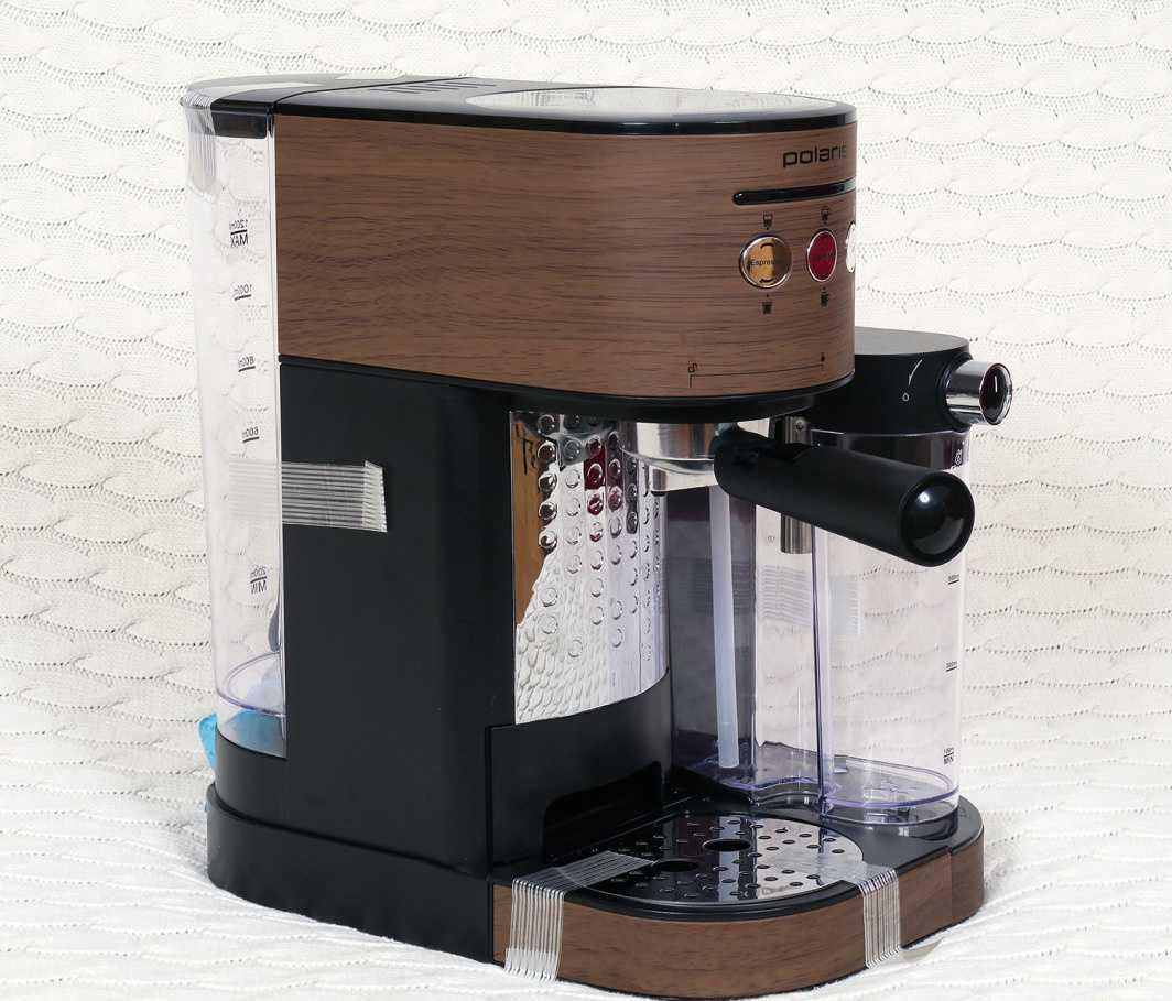 рожковая кофеварка Polaris PCM 1523E