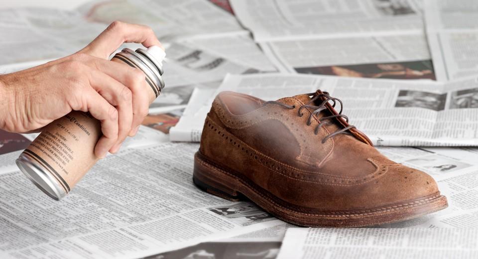 уход за замшевой обувью фото