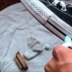 чистка подошвы кроссовок зубной пастой
