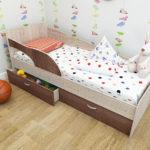 детские кровати с бортиками от 3 лет декор