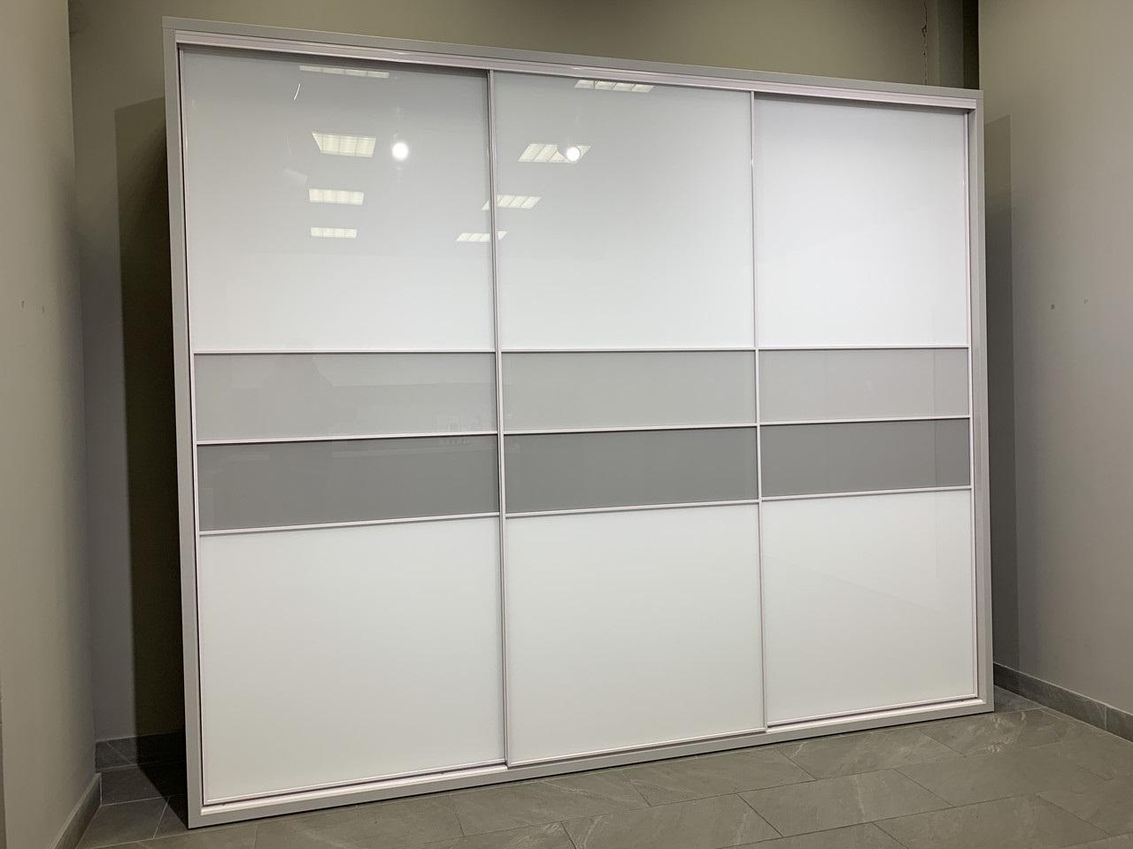 дизайн шкафа-купе материал для створок