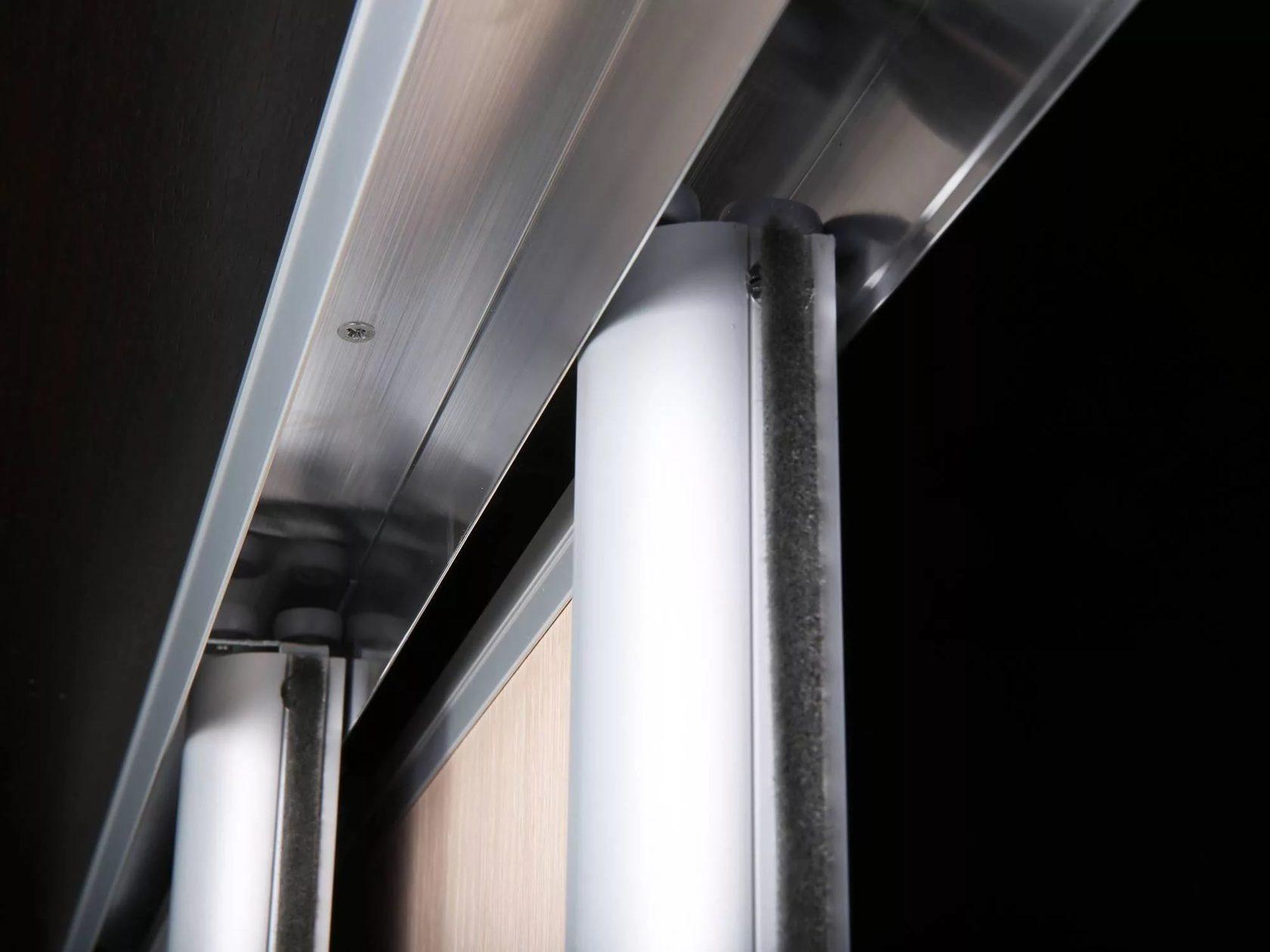 роликовые двери шкафа купе