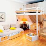кровать-чердак с диваном в гостинную