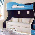 кровать-чердак с диваном синим