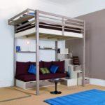 кровать-чердак с диваном в зал