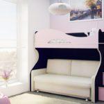 кровать-чердак с диваном светлая