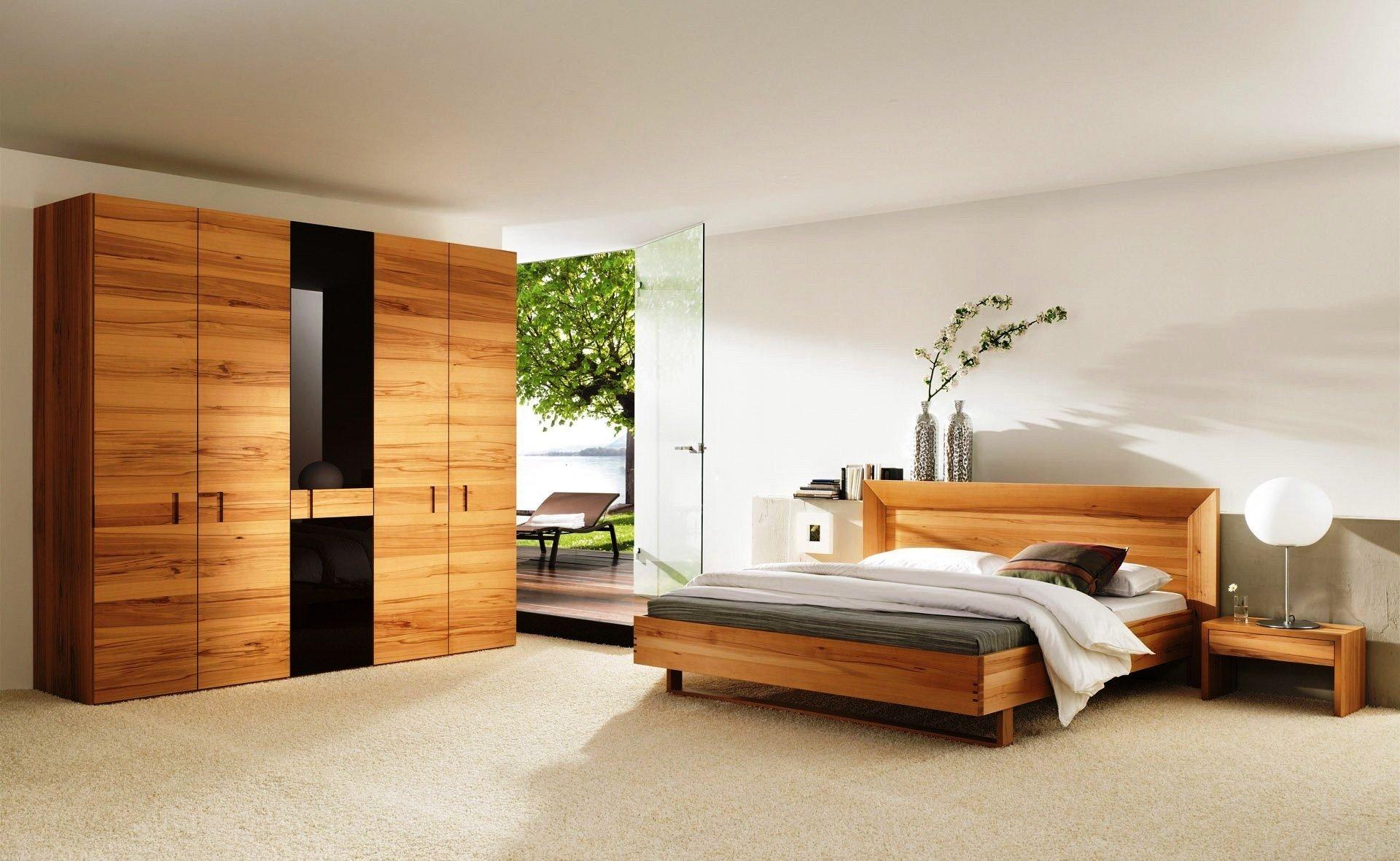 двуспальная кровать из массива дизайн фото
