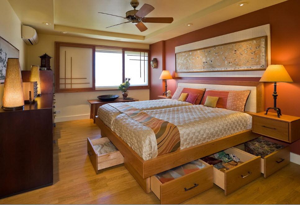 двуспальная кровать из массива с ящиками