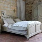 двуспальные кровати из массива дерева виды идеи