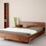 двуспальные кровати из массива дерева виды оформления