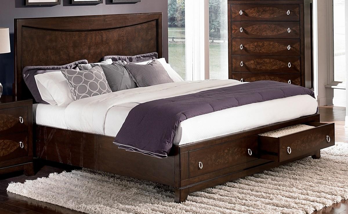 двуспальные кровати с ящиками в интерьере