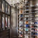 большая гардеробная для обуви
