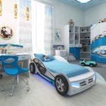 голубая кровать-машина для мальчика с подсветкой