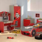 кровать-машина для мальчика для мальчика гонщика