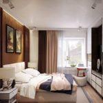 кровать с большими картинами